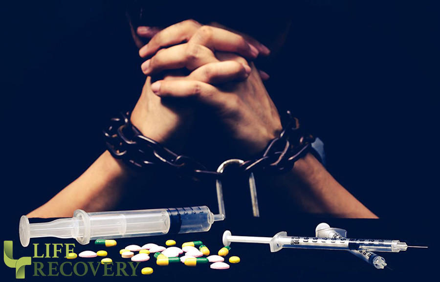 opoid-addict-lr